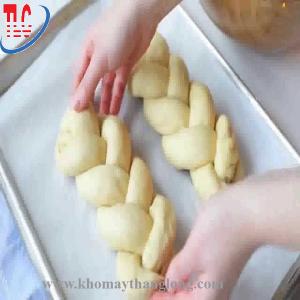 Bánh được làm từ máy trộn bột mỳ Sài Gòn