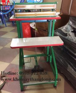 Máy hàn miệng túi dập chân má đồng hàng của Kho máy Thăng Long