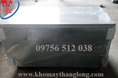 hình ảnh mặt sau bàn mát inox 1,2 m